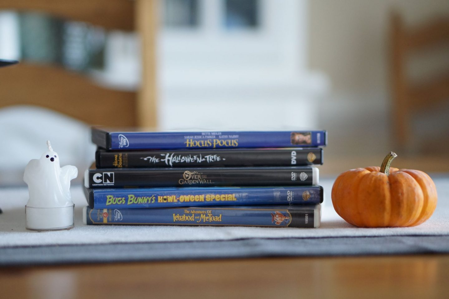 Popular North Carolina blogger Rebecca Lately shares five of her favorite family Halloween movies. Click here to read about her faves!