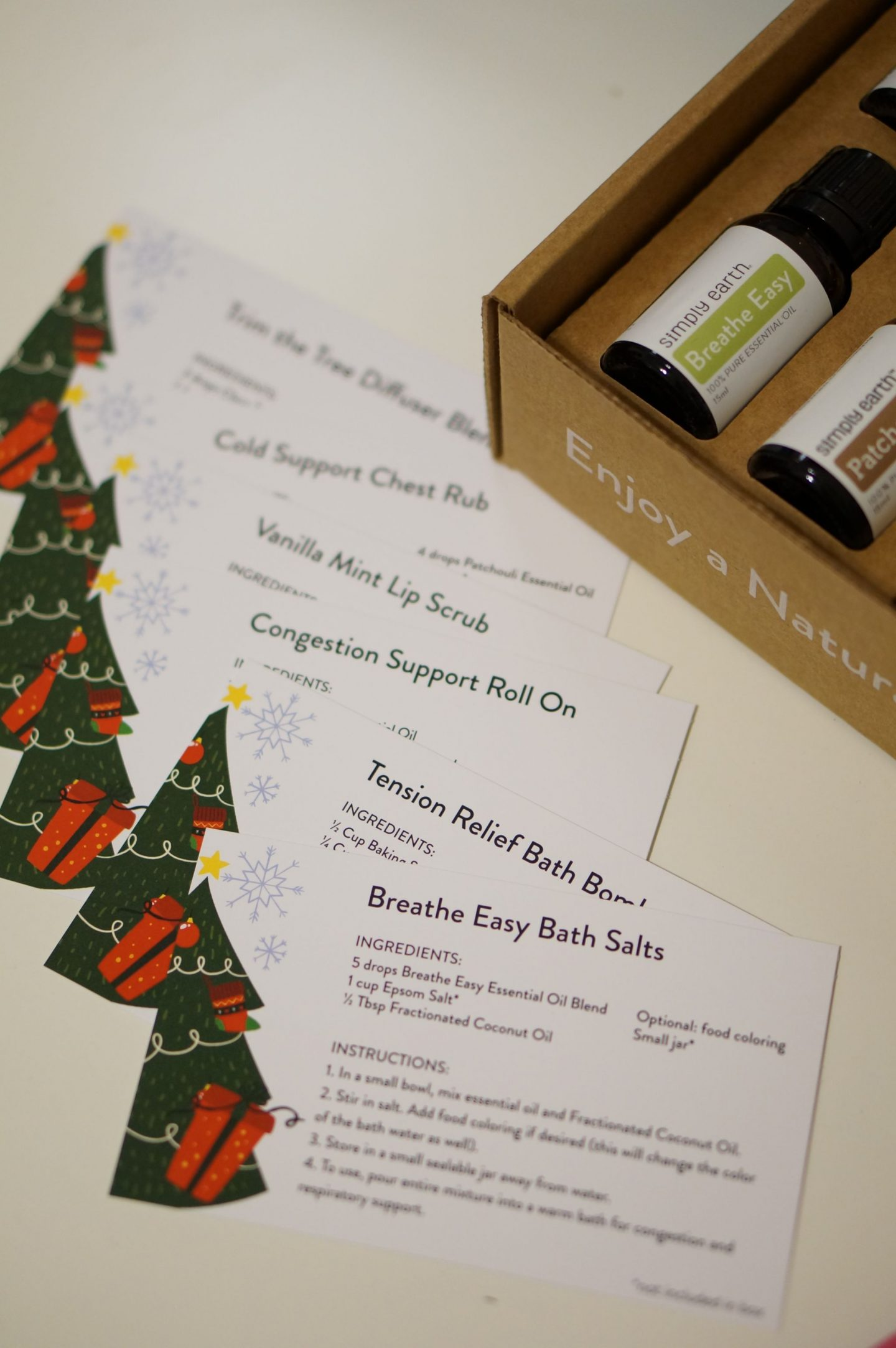 North Carolina blogger Rebecca Lately shares her December Simply Earth Essential Oil Box. If you use essential oils, this is the subscription box for you!