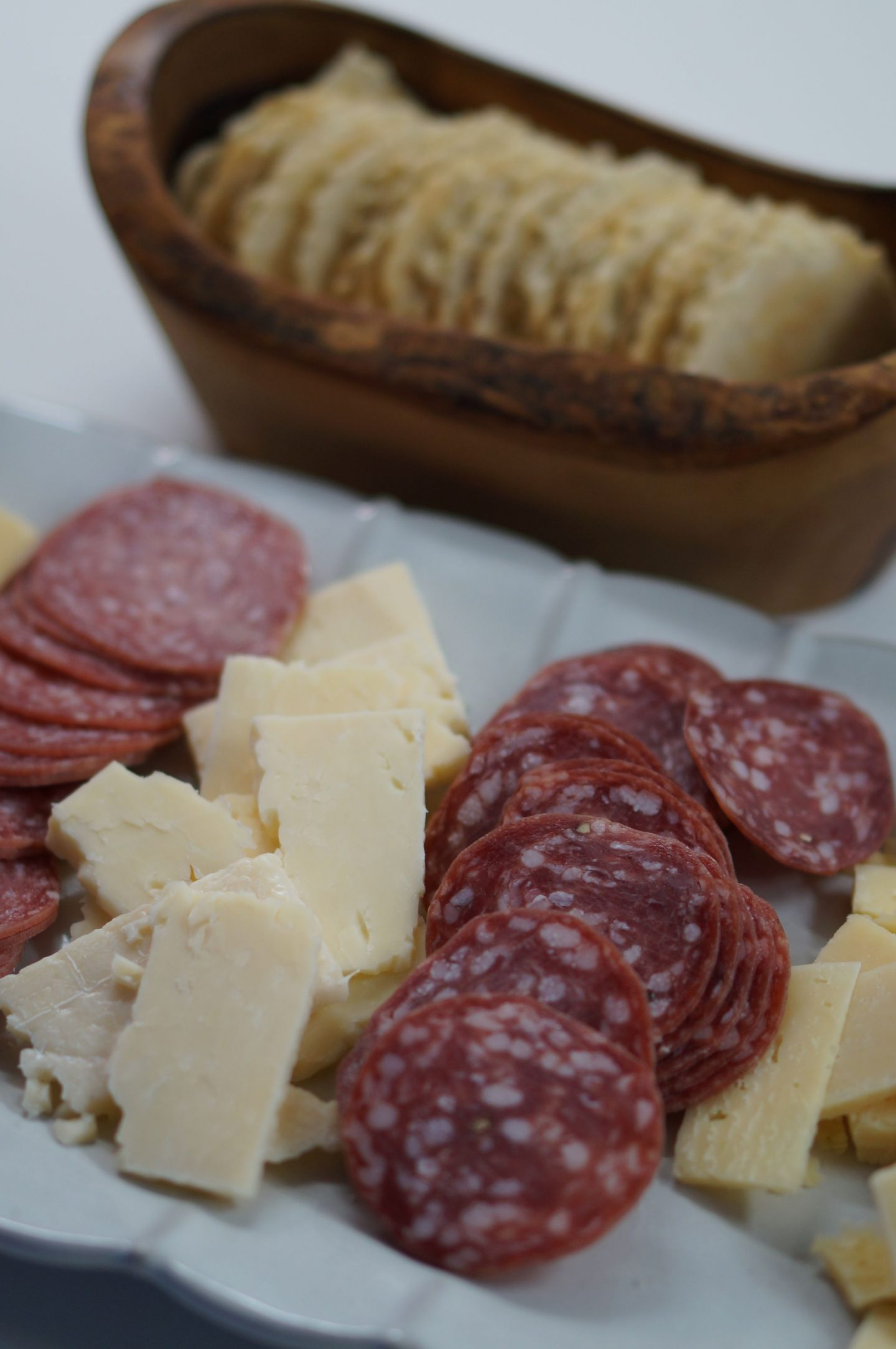 NC blogger Rebecca Lately shares her favorite cheese plate with Stella® cheese. If you want to add a little gourmet to your holiday, check it out!