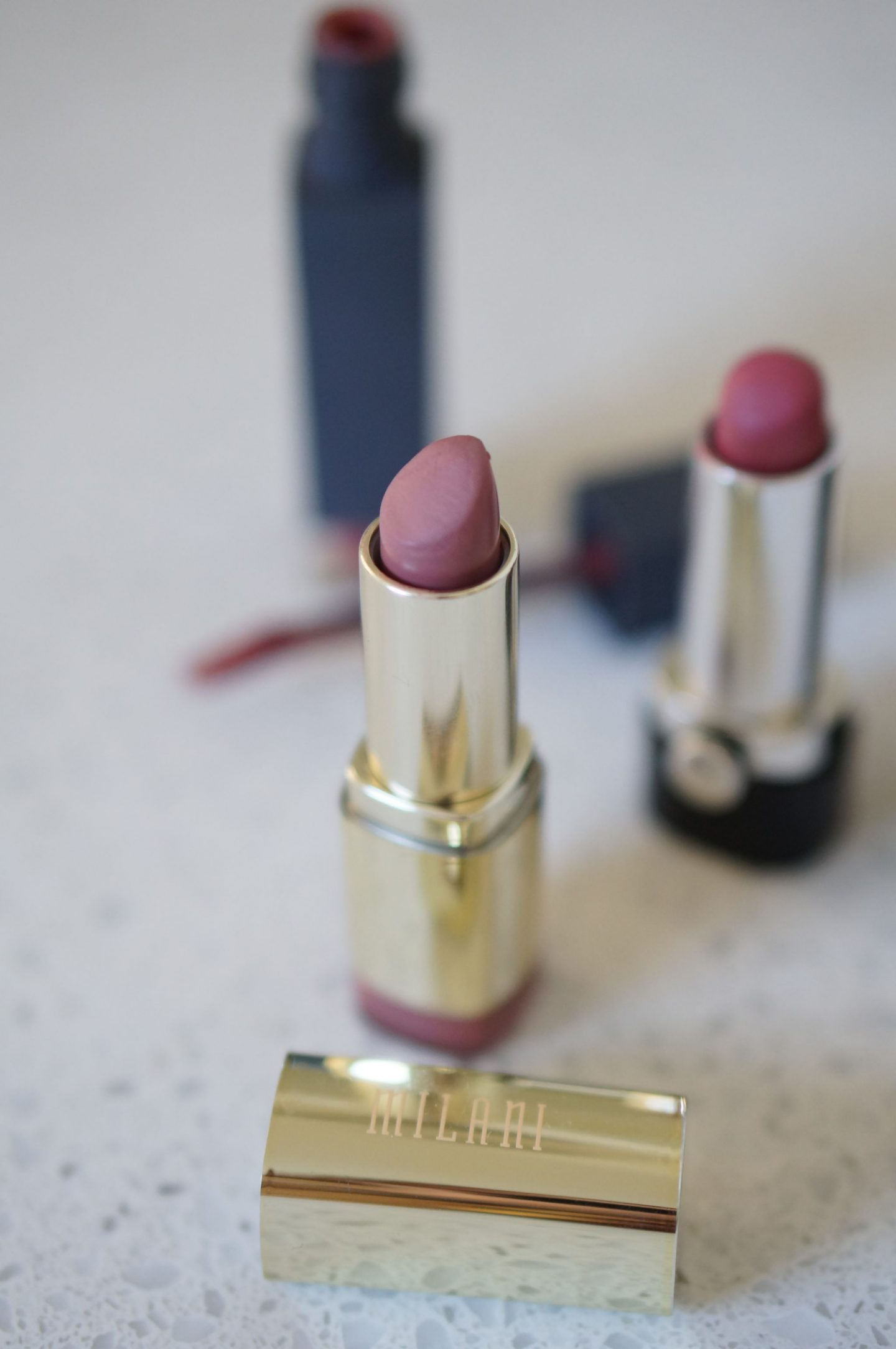 North Carolina style blogger Rebecca Lately shares her go-to nude lipsticks. If you want a nude lip without looking like a zombie, check this out!
