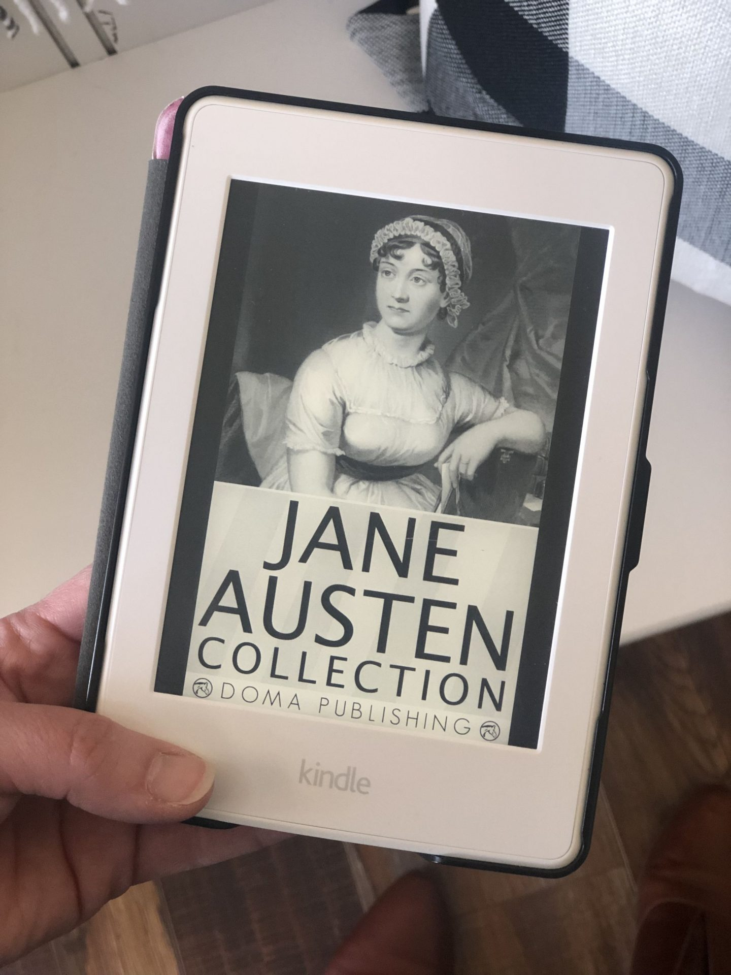 NC blogger Rebecca Lately made a goal to read all of Jane Austen's works in 2019. She's finished two and sharing her thoughts on soon to be third!