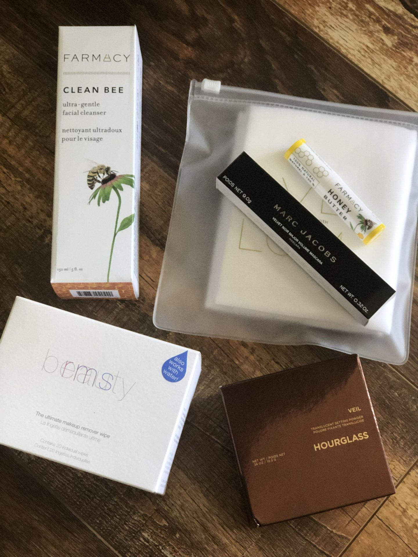 North Carolina blogger Rebecca Lately is sharing her Sephora Sale picks.  These are all repurchases, which means these are her tried-and-true faves!