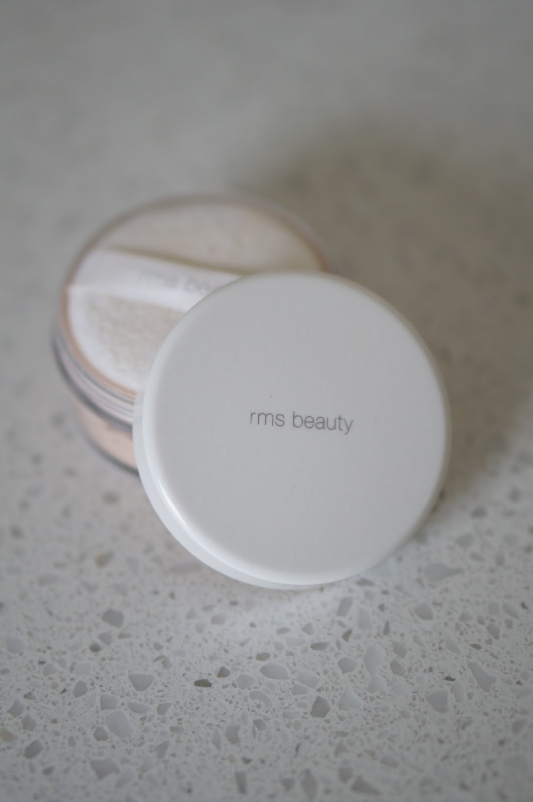NC blogger Rebecca Lately is sharing the best powder for summer, all cruelty free! if you have a little shine during the summer, try one of these!