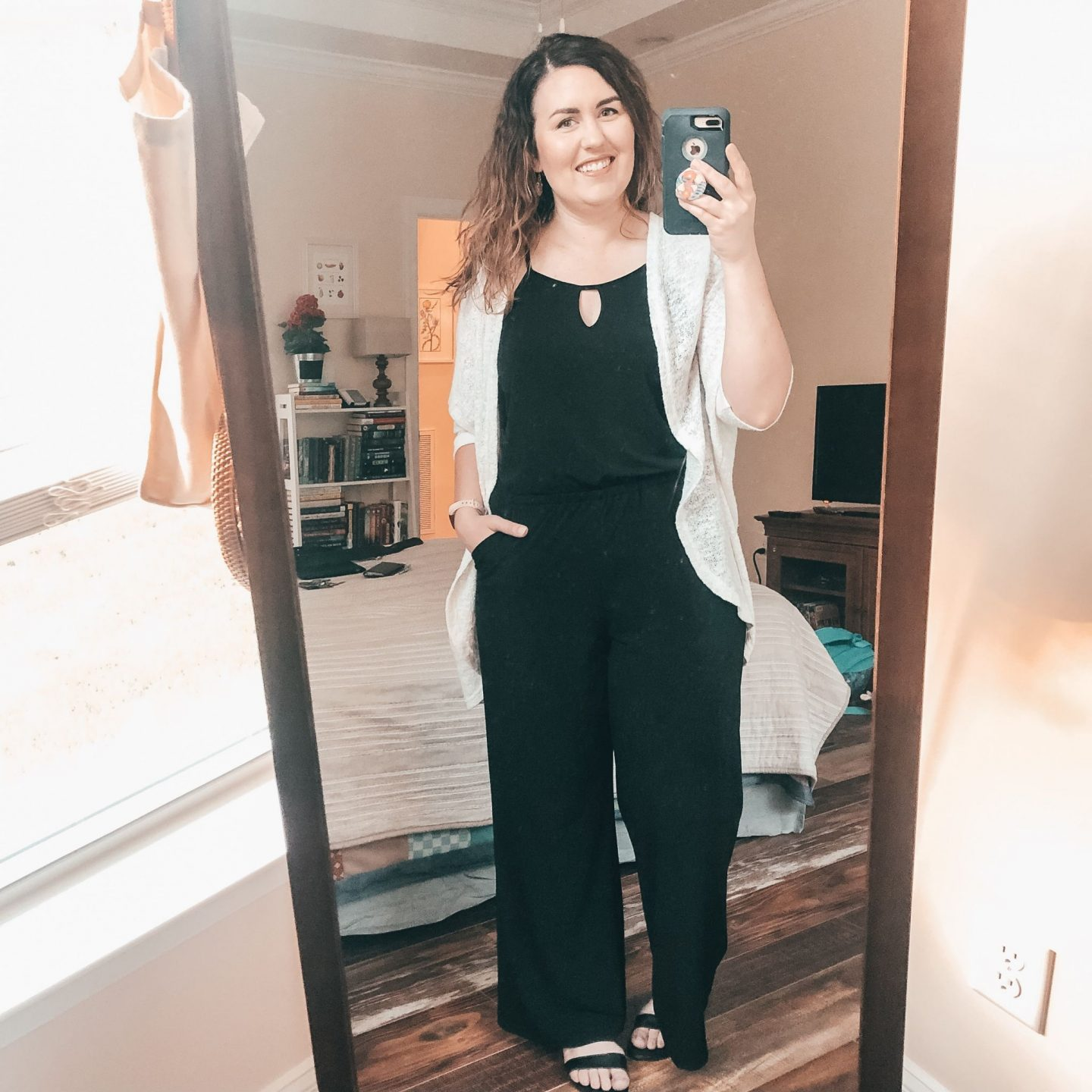 NC blogger Rebecca Lately shares her picks for the Nisolo end of season sale, along with outfit ideas for the Nisolo pieces she already owns.