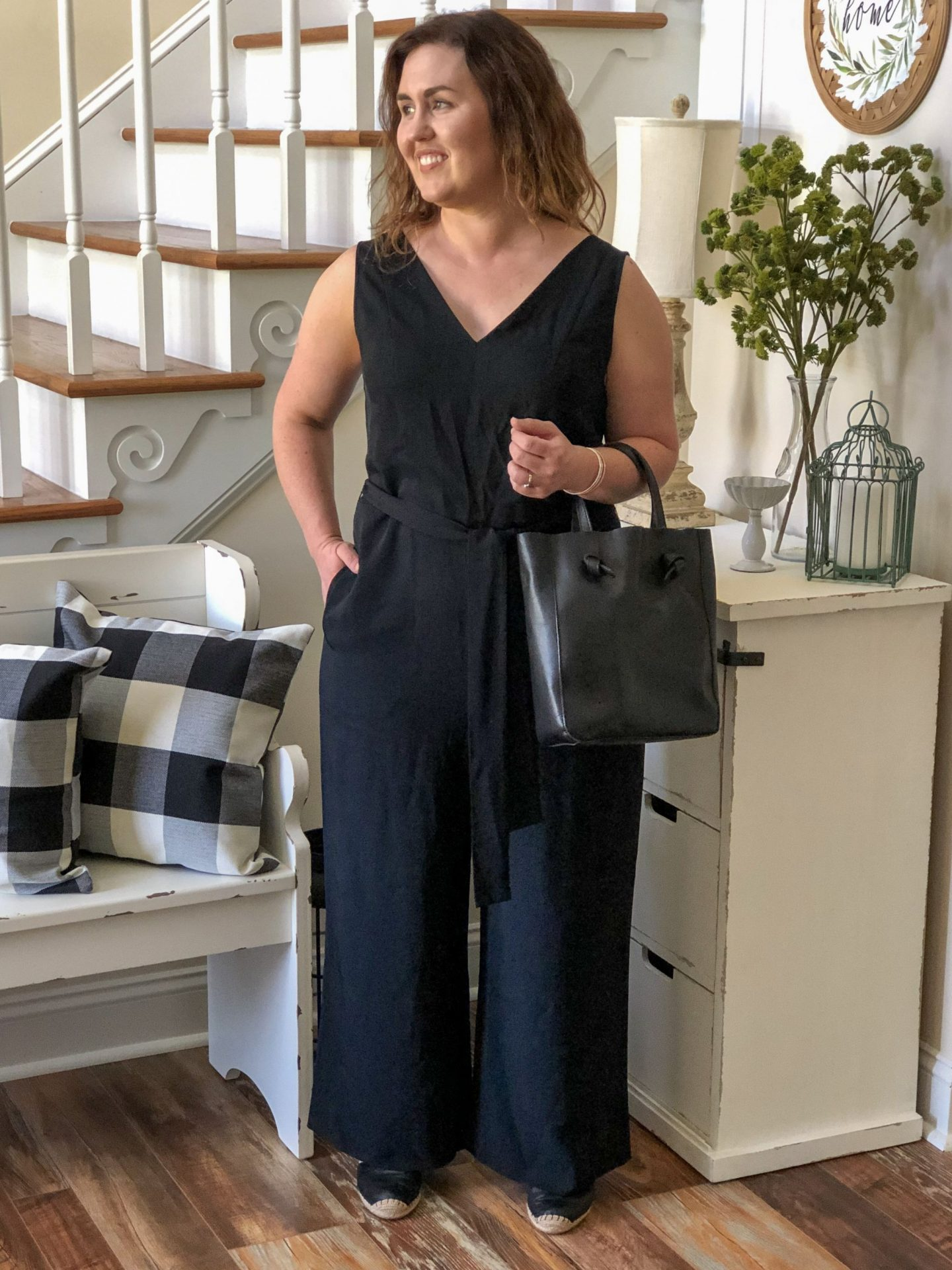 NC blogger Rebecca Lately shares how she styles the Everlane jumpsuit two ways. This versatile piece is perfect for a minimalist's closet.