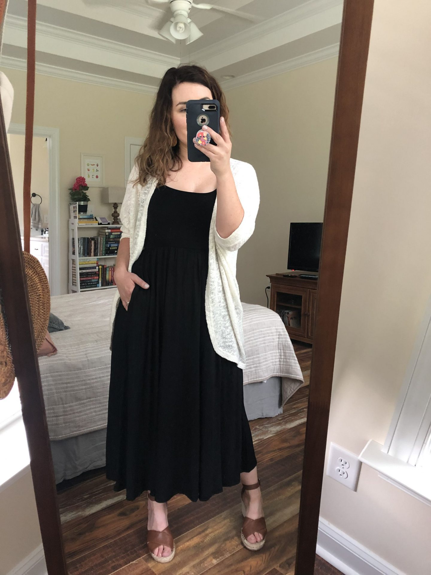 NC blogger Rebecca Lately shares how she styles one dress three ways. Check out this dress from Aritzia and how she styles it transitioning into fall!