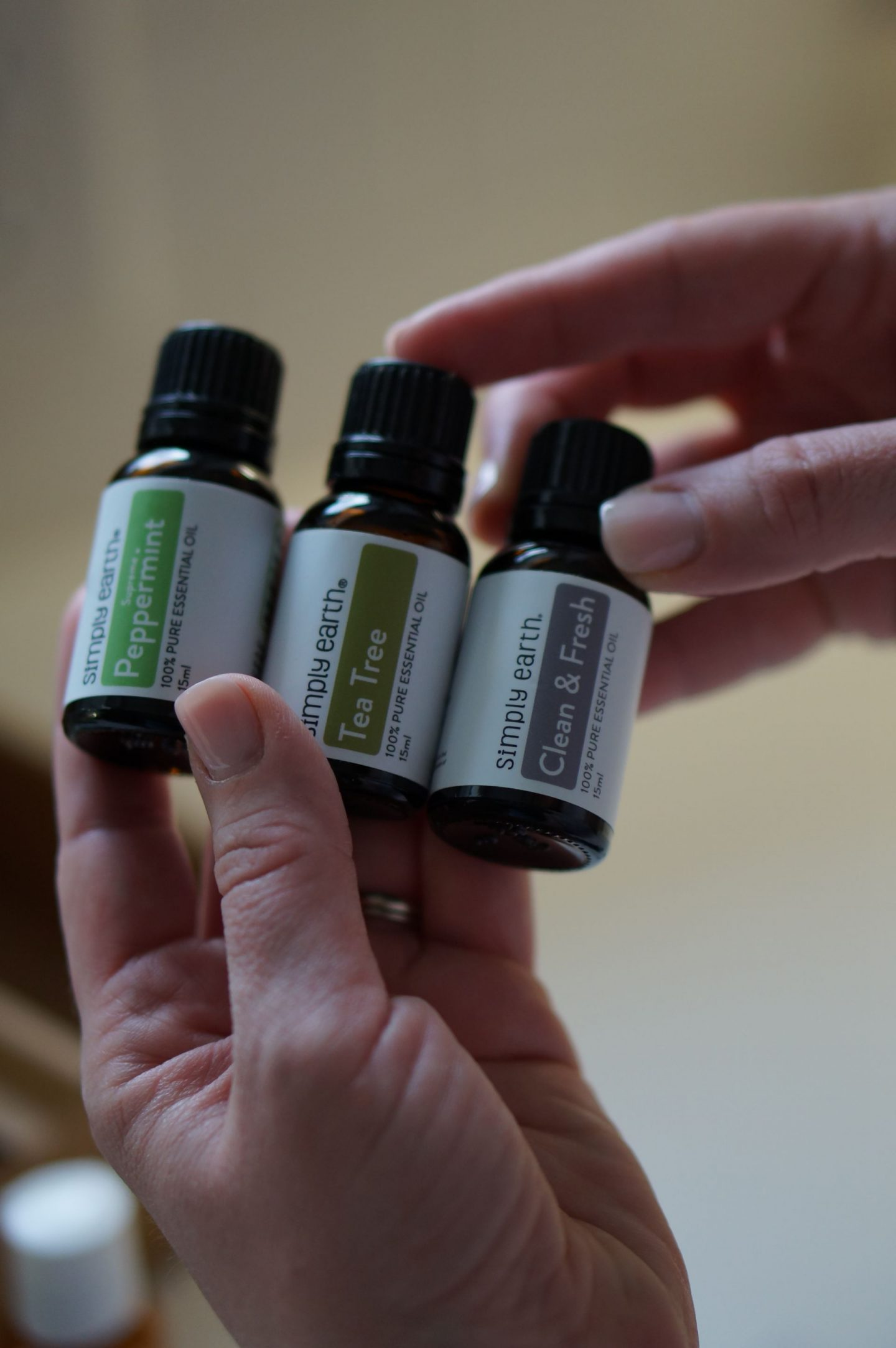 NC blogger Rebecca Lately shares her Simply Earth April 2020 box, full of essential oils that will get your home refreshed and smelling wonderful!