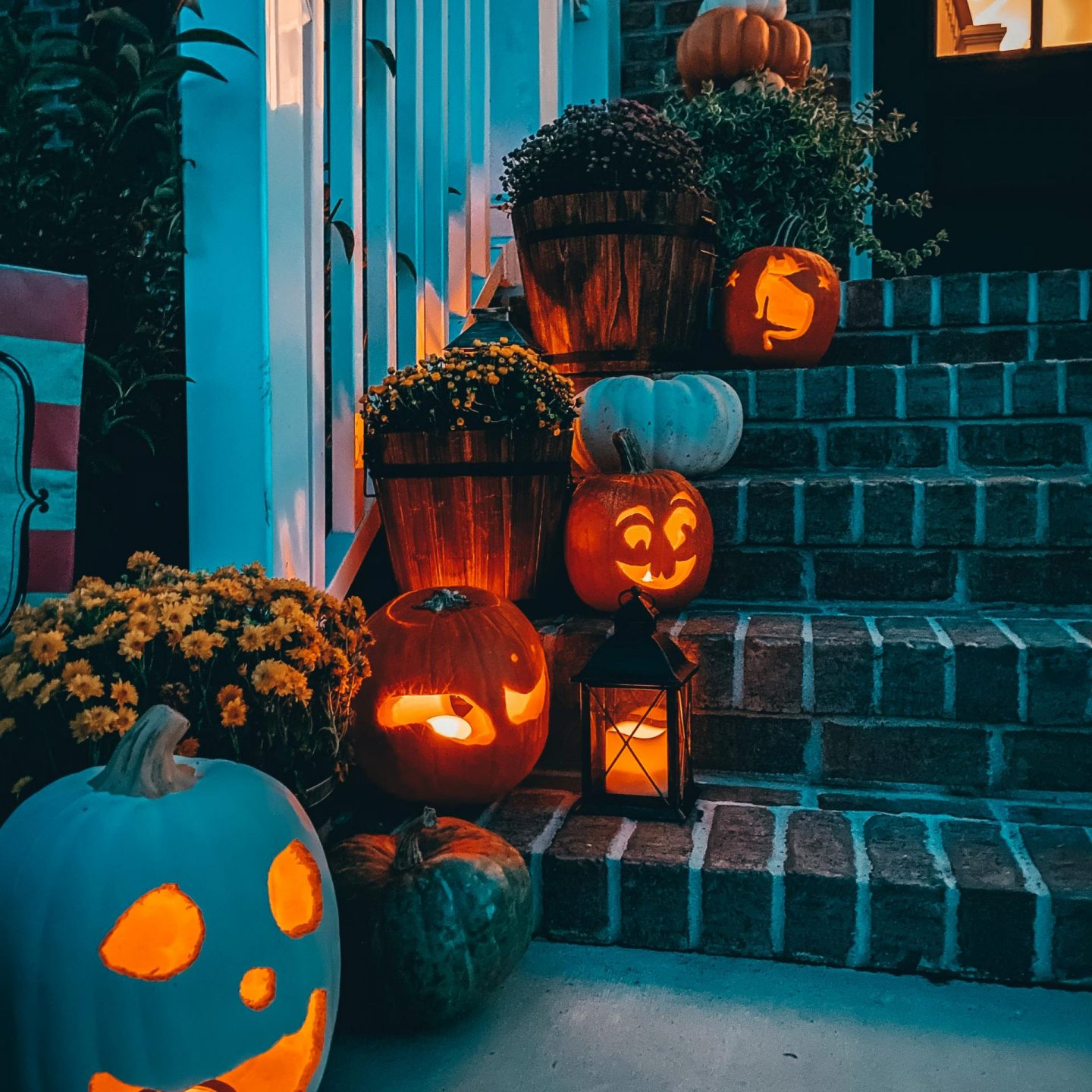 NC blogger Rebecca Lately is sharing her kid friendly Halloween plalylist on Spotify. If you're looking for Halloween music, click here!