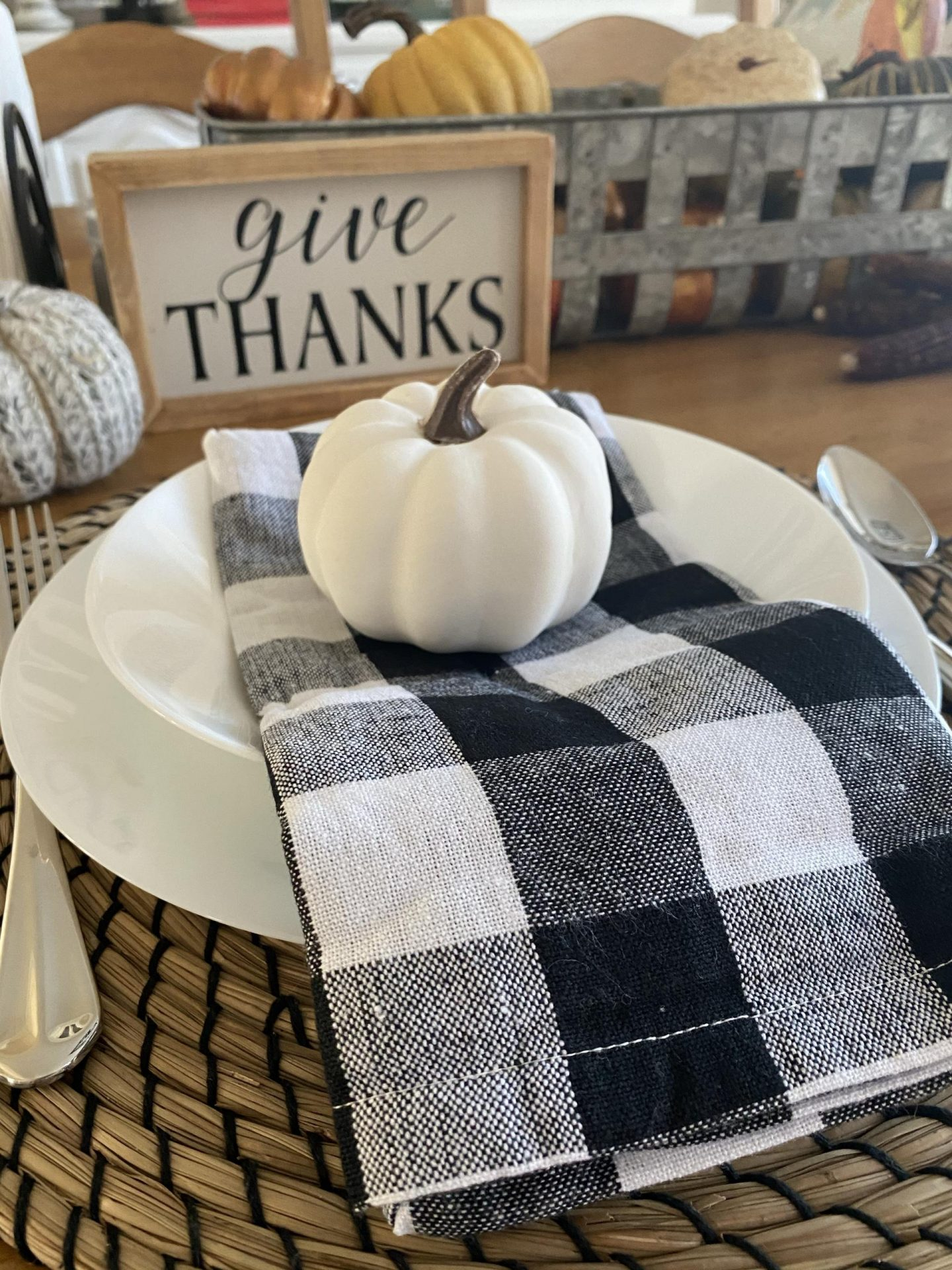 NC blogger Rebecca Lately shares her place settings for Thanksgiving with a simply black and white color scheme. Check it out!