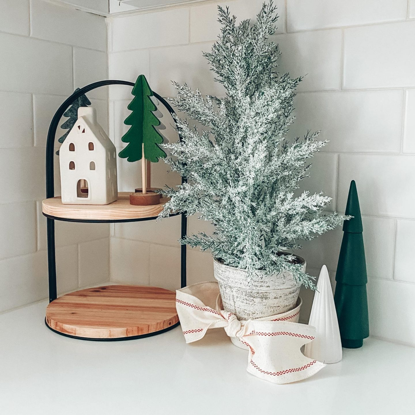 NC blogger Rebecca Lately is sharing her 2020 Christmas decorations! If you need inspiration, check this out!